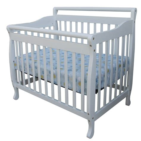 On Me Portable Crib by On Me 3 In 1 Portable Convertible Crib
