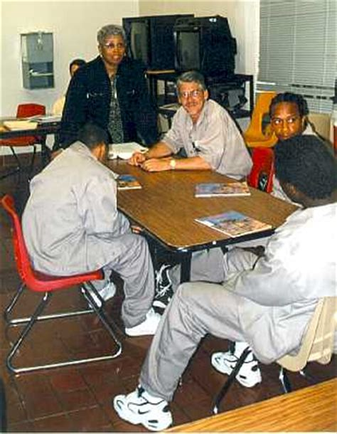 prison fathers parenting bars books nc department of correction fatheread teaches inmate