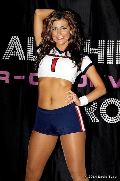 cant get enough of the texans cheerleaders download various texans 2014 p r o convention all star houston texans cheerleader