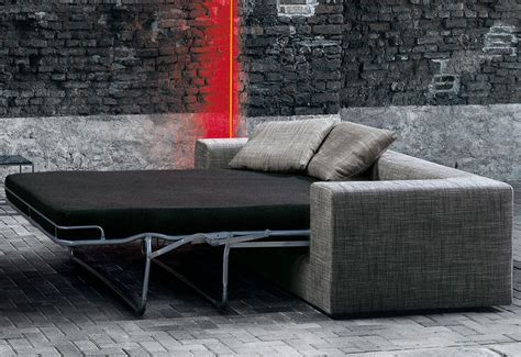 bett und sofa wall sofa bed designed by piero lissoni twentytwentyone