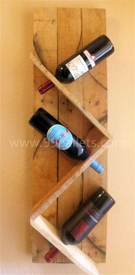 Wine Bottle Rack Diy by Diy Unique Pallet Wine Rack 99 Pallets
