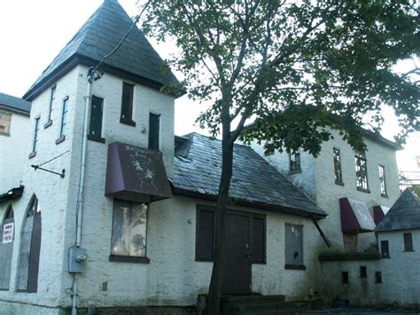 haunted houses long island long island haunts 13 creepiest haunted places on long island