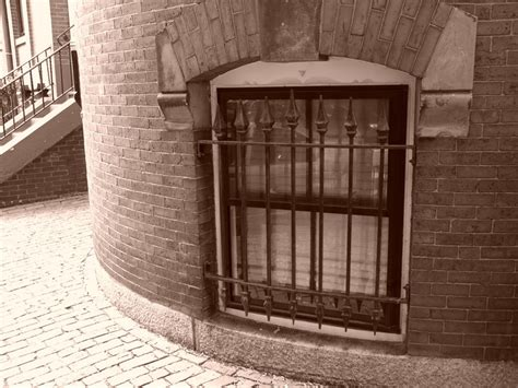 Kellerfenster Preise by Fenstergitter F 252 R Kellerfenster 187 Preise Und Tipps Gegen