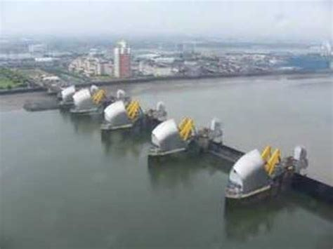 thames barrier video youtube low level over thames barrier youtube