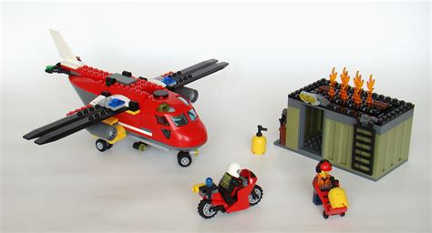 Best 60108 Lego City Response Unit Helicopter plane remake lego