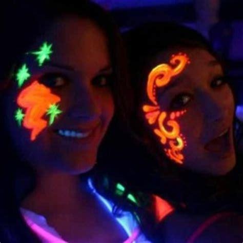 Bubuk Fosfor Glow In The 250gr cara kreatif membuat glow in the