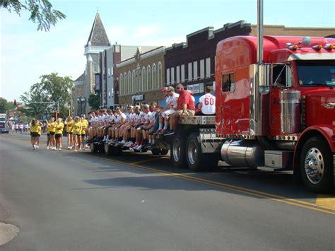 house of ma emporia ks emporia ks parade on commercial rd photo picture image kansas at city data com