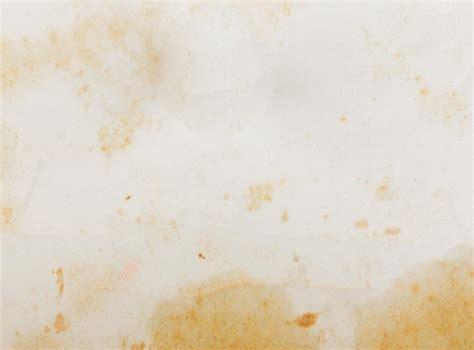 wasserflecken an der decke gelbe flecken wie wasserflecken nikotingelb etc