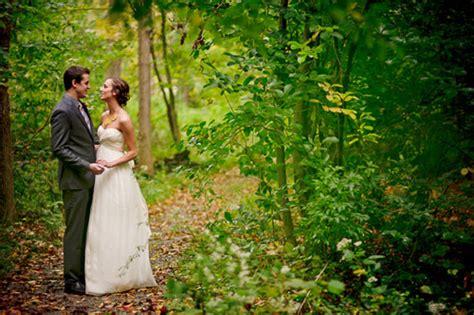 eco chic ohio wedding at local nature preserve junebug