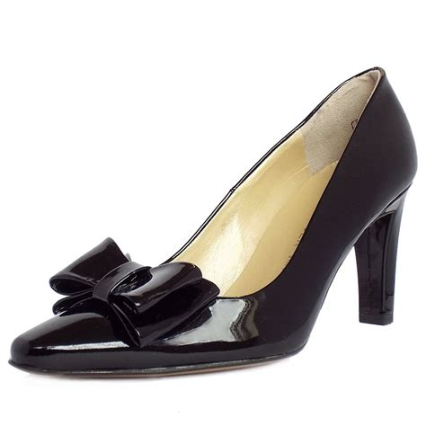 kaiser tulin black patent court shoe with bow detail