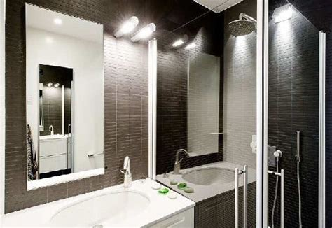 White Bathroom Lights by Black And White Bathroom With Relaxing Interior Lighting
