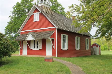 red homes file little red school house jpg wikimedia commons