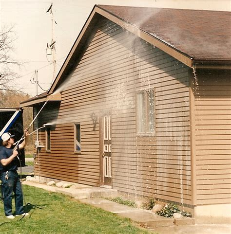 washing siding on house washing house siding 28 images vinyl siding cleaning pressure washing rihi house
