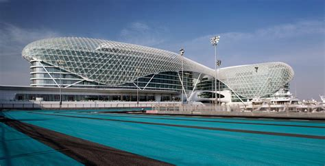 yas island to get a new 18 000 capacity music venue and abu dhabi grand prix f1 travel packages by moto