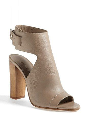 sandaler c 1 9 21 64 best shoes images on ankle booties ankle