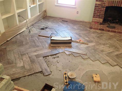 pattern for laying wood floor herringbone tile pattern roselawnlutheran