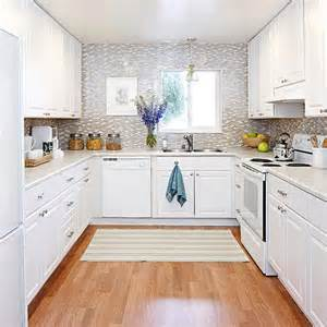 Decorating Ideas For Kitchens With White Cabinets by Kitchen Ideas Decorating With White Appliances Painted