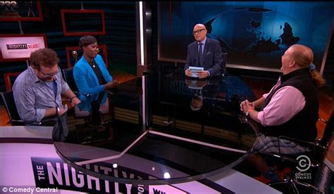 round table pizza governor larry wilmore gets a pizza the action on the nightly show