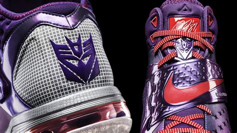 cool looking shoes nike has put the best thing from the 1980s into a set of
