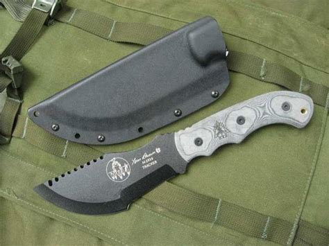 tom brown tracker 1 tops knives tom brown tracker 1 fixed 6 38 quot carbon steel