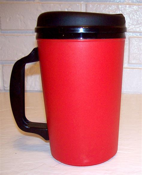 Red 34 oz (Formerly Aladdin) Insulated Mug