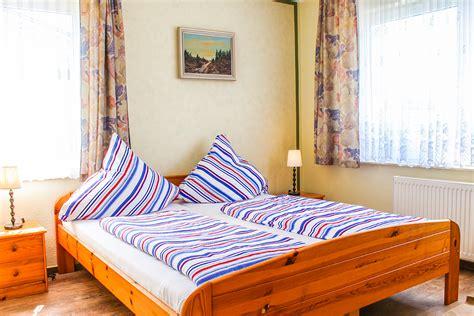 schlafzimmer ricarda pension ricarda ferienappartement 1
