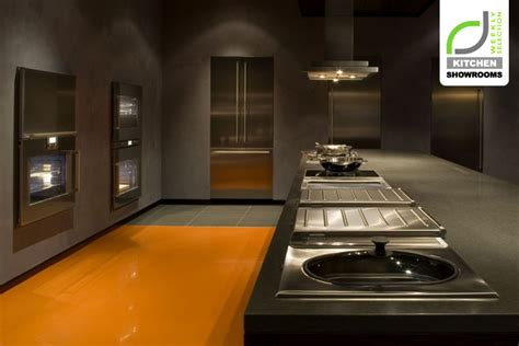 » KITCHEN SHOWROOMS! BSH Corporation showroom by Shepley