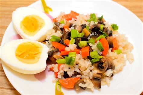 come cucinare il riso integrale 3 modi per cuocere il riso integrale nella pentola da riso