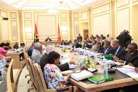 Cabinet Council by Cabinet Council Considers Bill On Procurement Politics