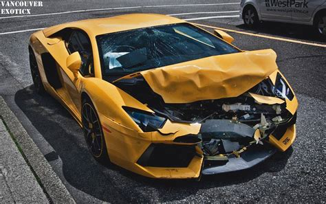 crashed red lamborghini lamborghini aventador crashes in vancouver gtspirit