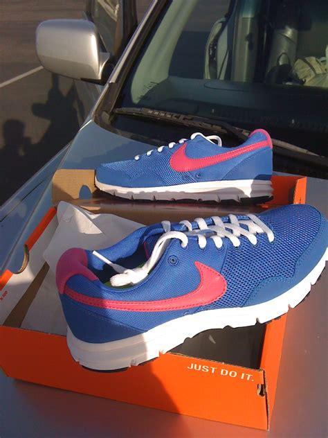 Nike Shoe Giveaway - nike shoe giveaway 2010