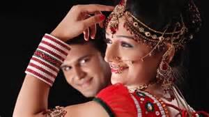 Indian Studio Photography Poses Ideas indian wedding poses idea ... H R 1314