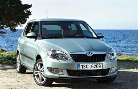 cost of skoda fabia skoda fabia hatchback 2010 2015 reviews technical data