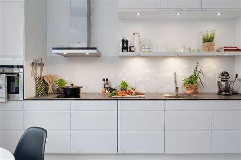 foto cocina en linea muebles blancos de miriam marti  habitissimo