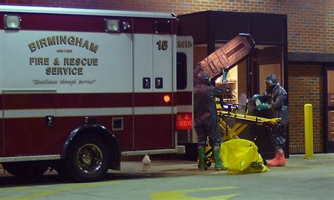 rex hospital emergency room nine monitored for ebola symptoms in alabama daily mail