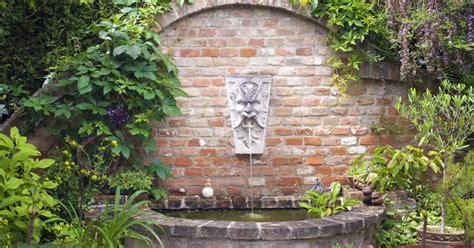 Garten Wandbrunnen