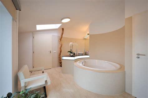 Modern bathroom ceiling light fixtures modern bathroom ceiling light