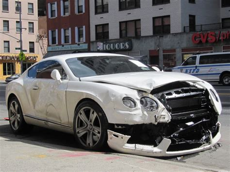 car bentley another wrecked bentley just one of nyc s many car crashes