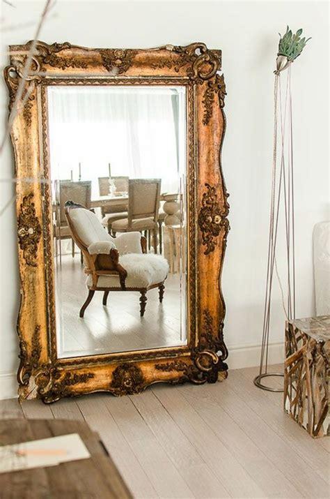 agréable Peinture Antique Pour Meuble #6: grand-miroir-ancien-décoration-murale-avec-miroir.jpg
