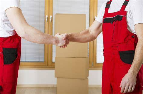 hire a mover moving costs cost to hire movers apartmentguide com