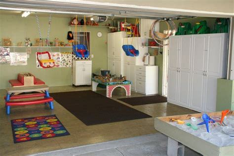 Garage Playroom by 25 Great Ideas About Garage Playroom On