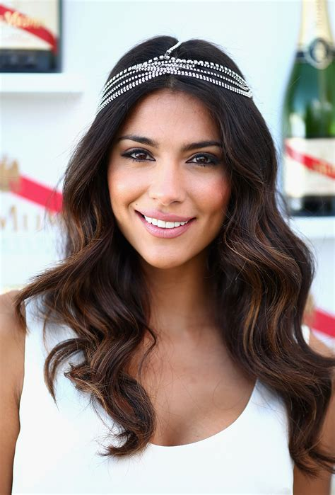 bridal hairstyles melbourne wedding hairstyles all down melbourne cup loose waves