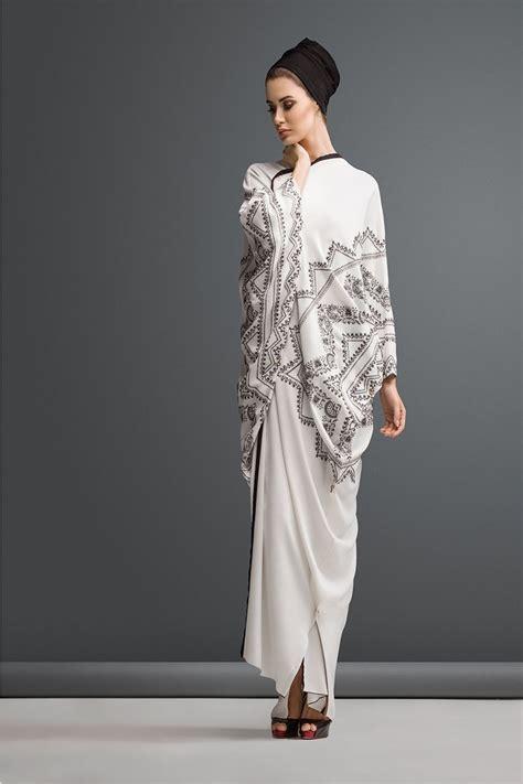 design fashion muslimah beautiful white kashmiri design embroidered abaya blue