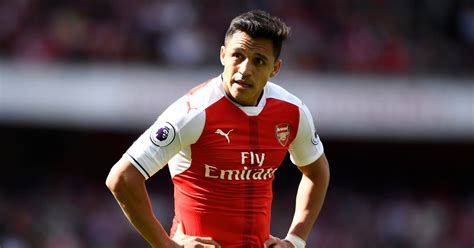 alexis sanchez mirror arsenal transfer news and rumours moussa dembele lined up