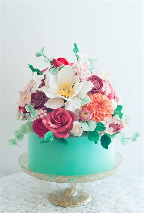 25 Best Ideas About Cake With Flowers On Pinterest
