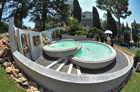 giardino vaticano roma in mostra le fotografie delle 100 fontane