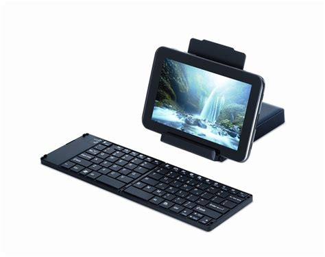 large key keyboards for android review 5 folding keyboards for your smartphone cio