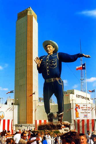 big tex   outfit state fair  texas big tex