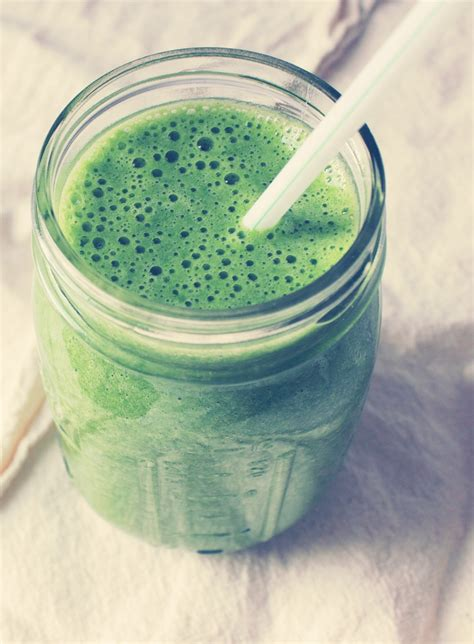 Basic Detox Smoothie by Musely