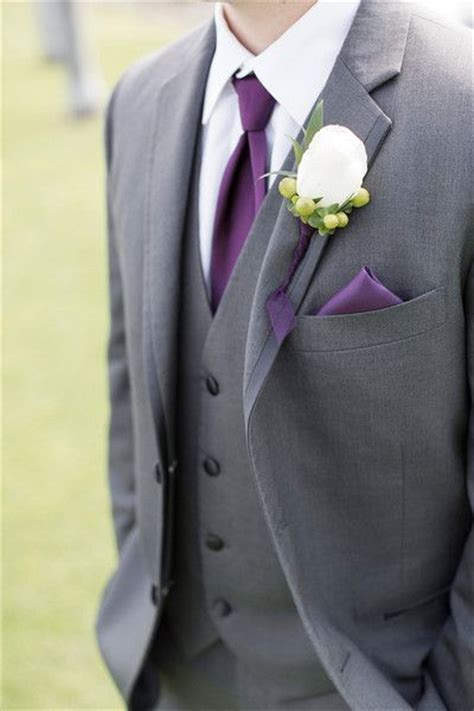 1000 ideas about groom tuxedo on tuxedos groomsmen wedding suits and wedding suits